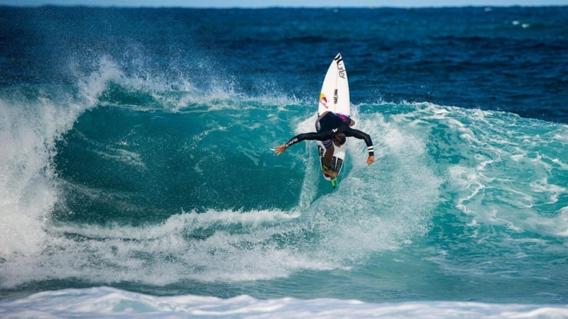 How to hit the lip, read a wave